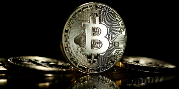 Is bitcoin safest way to pay online?