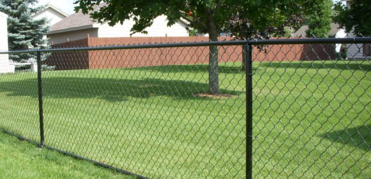 Good reasons to hire a professional fencing contractor